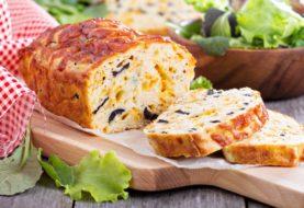 Recette healthy : cake healthy à la fêta et aux tomates séchées