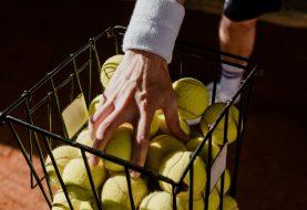 Matériel de tennis: profitez des soldes pour vous équiper
